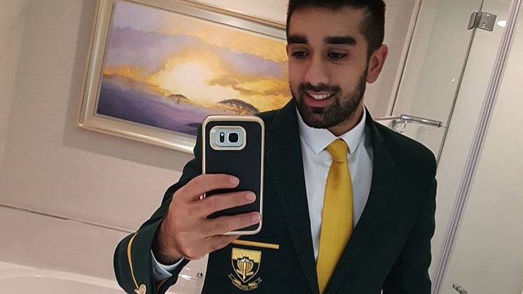 South Africa's Tabraiz Shamsi comes up with a