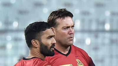 IPL 2018: Jacques Kallis urges KKR to display aggressive brand of cricket in the Eliminator against RR