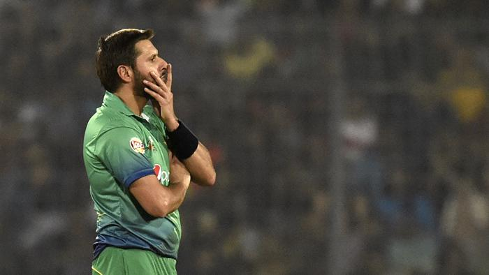 Shahid Afridi sent his message on Amritsar train accident via Twitter