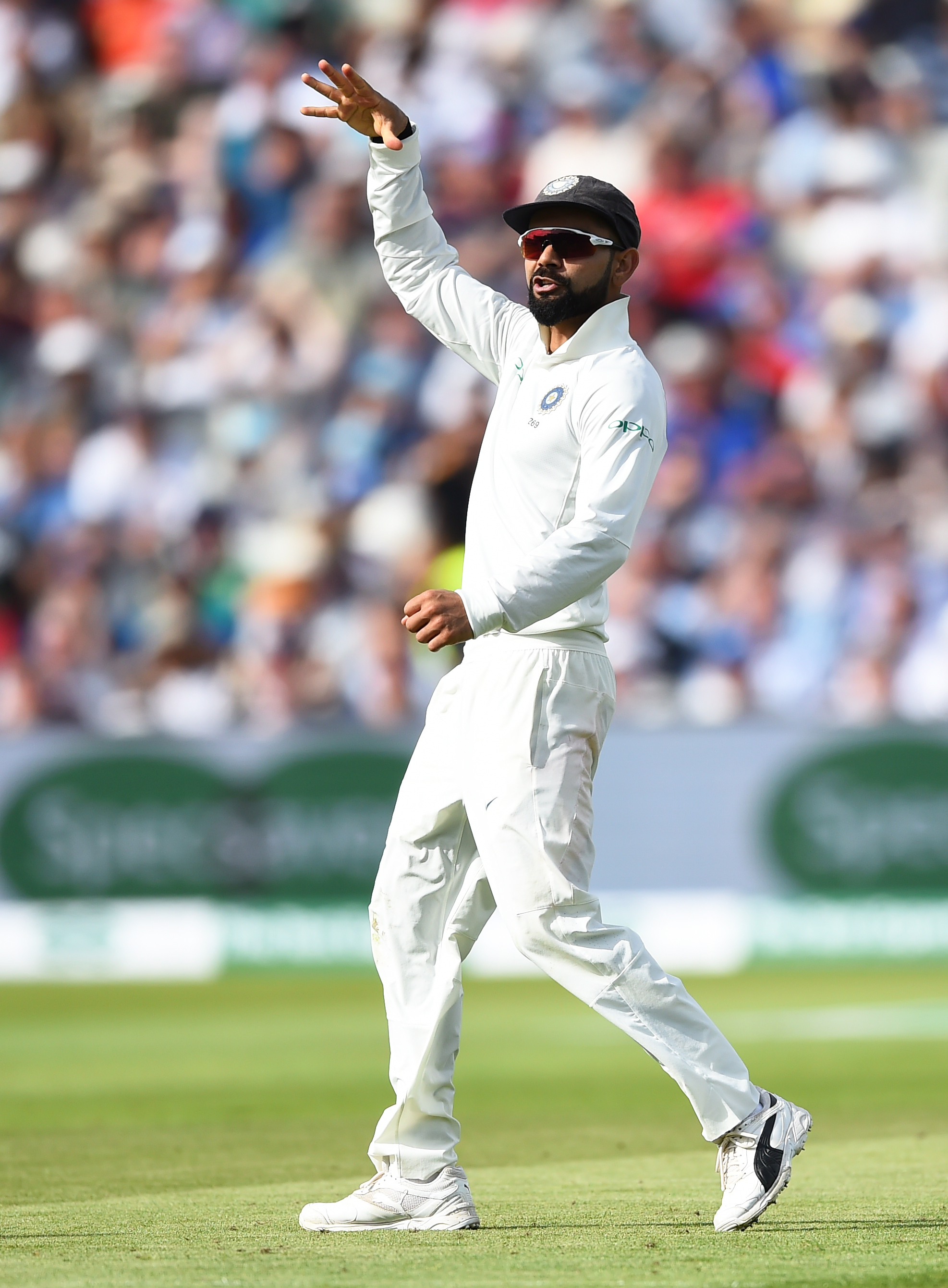Virat Kohli celebrated Joe Root's wicket in the first innings with a mic drop gesture | Getty