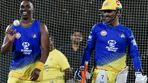 WATCH: MS Dhoni and Dwayne Bravo challenge one another to find out who is the quickest between the wickets