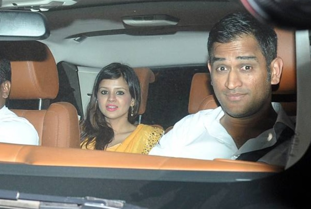 MS Dhoni with wife Sakshi | GETTY