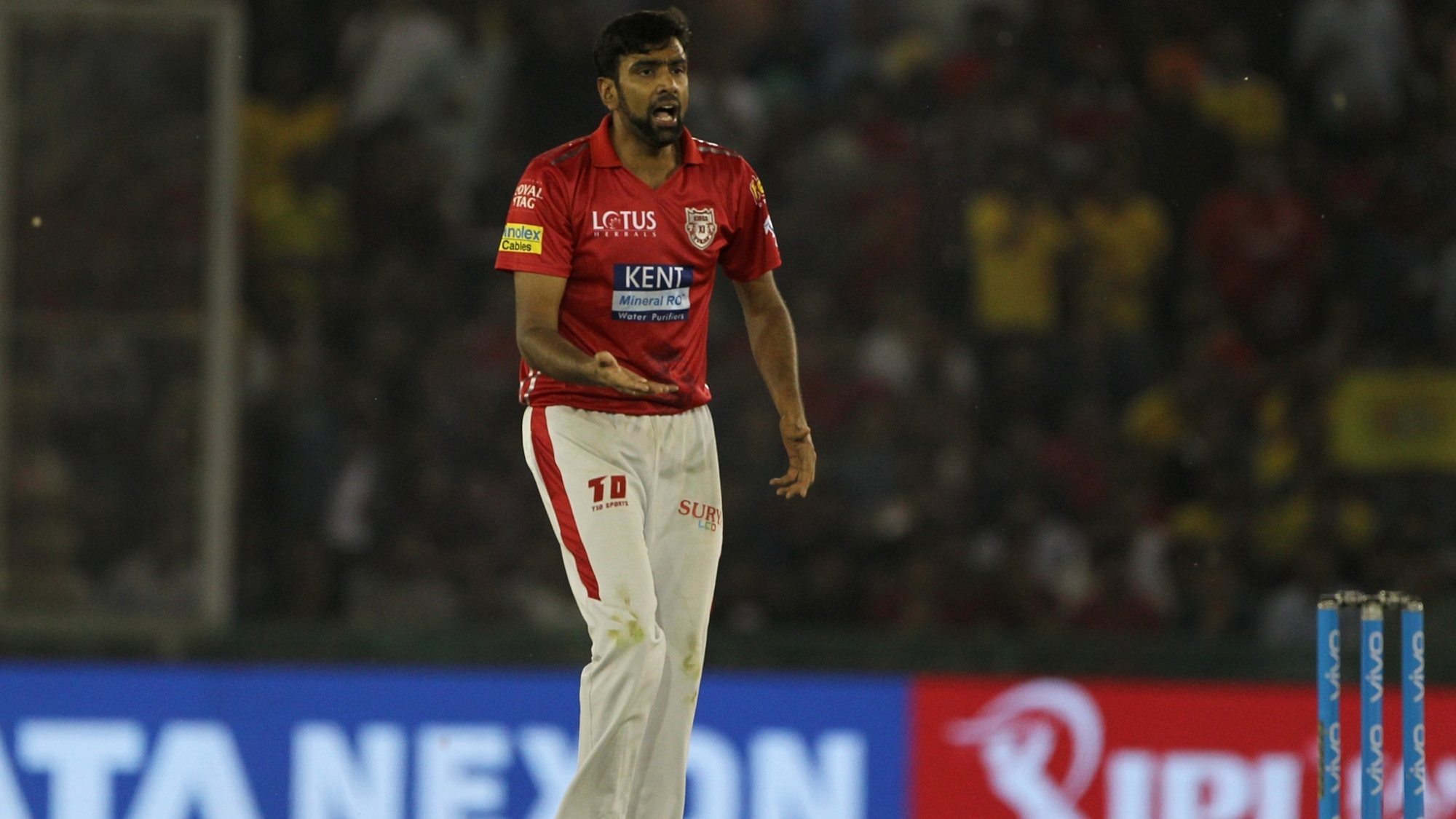 IPL 2018: Ravichandran Ashwin dejected after KXIP's humiliating loss to RCB