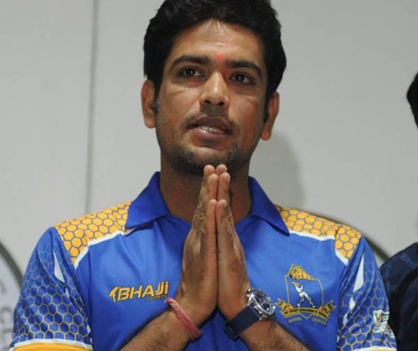 Laxmi Ratan Shukla quit politics and became the Bengal U23 team coach | Twitter