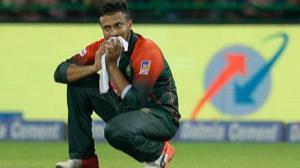 निदहास फाइनल में भारत के हाथों मिली हार के बाद बांग्लादेशी प्रशंसको को रोते देखा गया