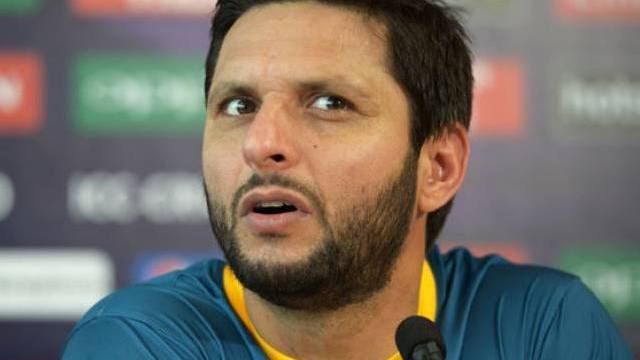 Shahid Afridi wants to play the PSL 3 final in Karachi