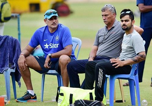 Roger Binny with Coach Ravi Shastri and Skipper Virat Kohli | PTI
