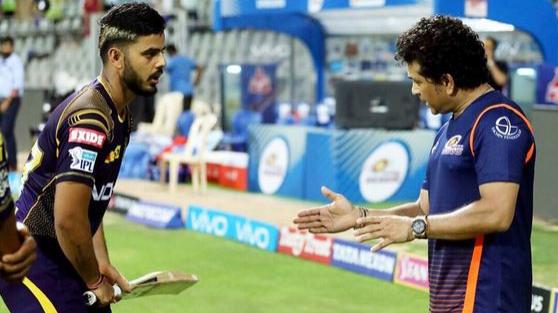 IPL 2018: Sachin spends time with KKR's Kuldeep Yadav and Nitish Rana