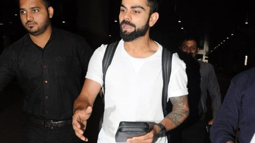 Virat Kohli clicked with the most expensive wallet ever