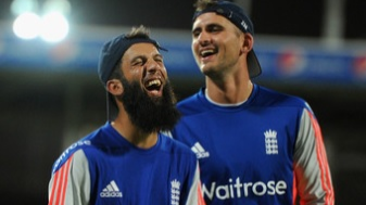 Alex Hales drags Moeen Ali in his radar and leaves fans in splits