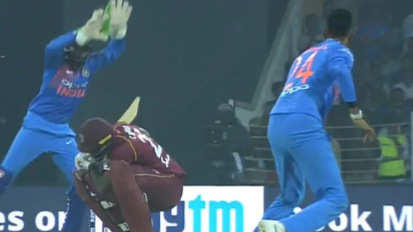 IND v WI 2018: WATCH- Krunal Pandya surprises Carlos Brathwaite with a vicious bouncer in second T20I