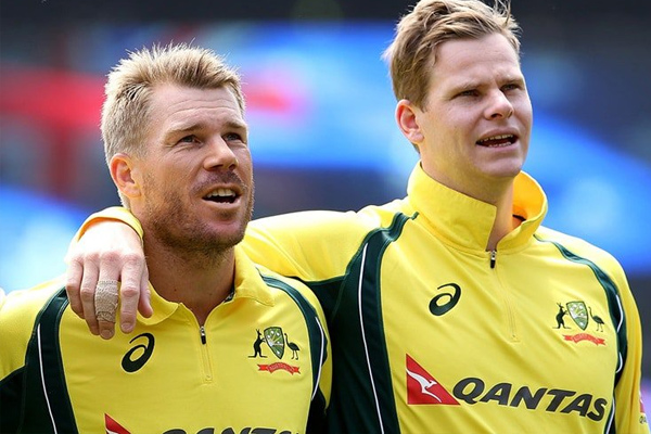 Warner and Smith will play for their respective clubs in the Sydney Grade Cricket season | Getty
