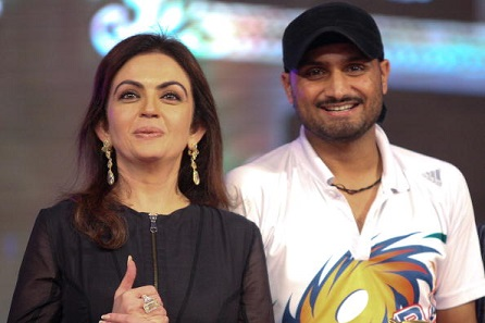 IPL 2018:  Nita Ambani disappointed after losing Harbhajan Singh