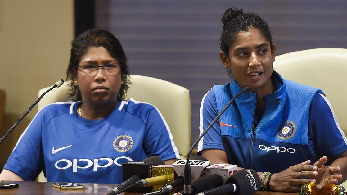 Womens World T20: मिताली राज़ को डगआउट में बैठा देख झूलन गोस्वामी को लगा बुरा