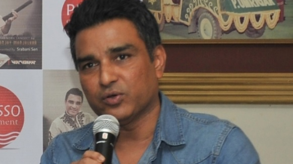 IPL 2018: Sanjay Manjrekar faces the wrath of Twitteratis after a silly mistake