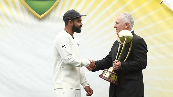 महान एलन बॉर्डर ने विराट कोहली की प्रशंसा करते हुए कहा कि टेस्ट क्रिकेट सुरक्षित हाथों में हैं