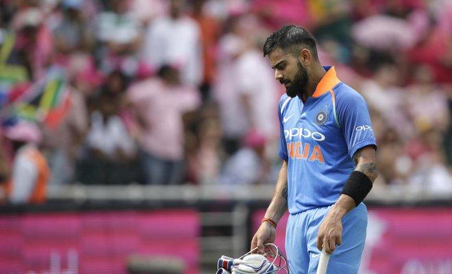 सुनील गावस्कर ने वांडरर्स में विराट कोहली के पहले बल्लेबाज़ी करने के फैसले की आलोचना की