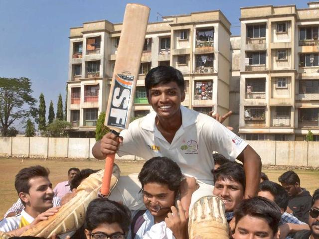 Pranav Dhanawade smashes double ton in a 45-over inter-college match