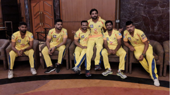 IPL 2018:  Chennai Super Kings unveils their jersey for IPL 11