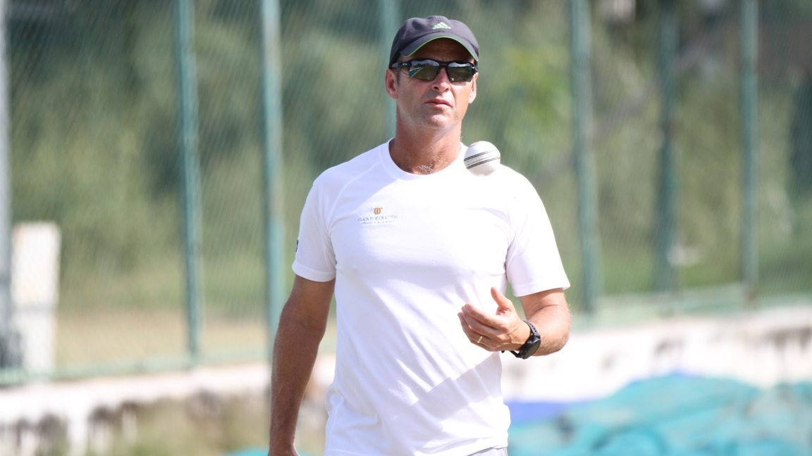 Gary Kirsten to work as short-term consultant with Bangladesh