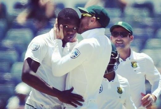 Faf Du Plessis kissed Kagiso Rabada | Instagram