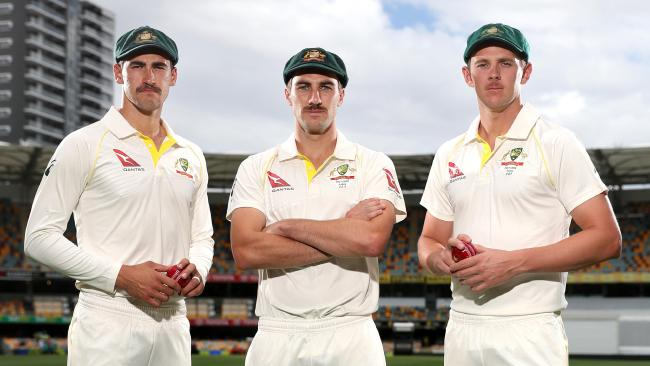 Smith feels fast bowlers would make life challenging for the batsmen in South Africa (Source:News Corp Australia)