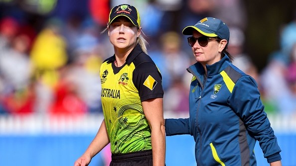 Perry undergoes surgery after hurting hamstring during Women's T20 World Cup