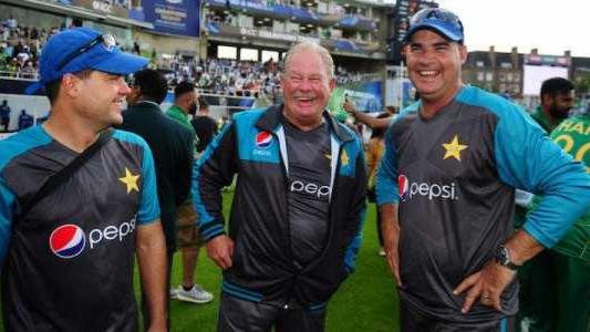 पाकिस्तानी टीम के नए फील्डिंग कोच के लिए पीसीबी ने तीन नामों का किया चयन