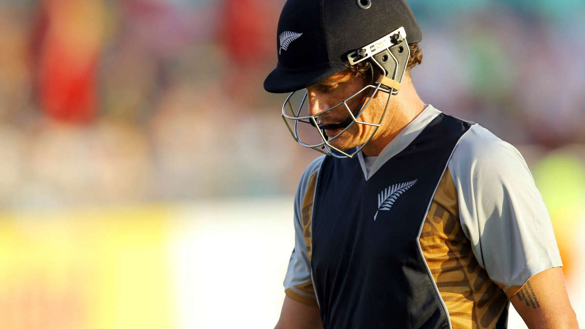New Zealand batsman Rob Nicol retires from international cricket