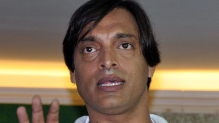ASIA CUP 2018: WATCH – Shoaib Akhtar loses his cool at Indian news anchor's line of questioning
