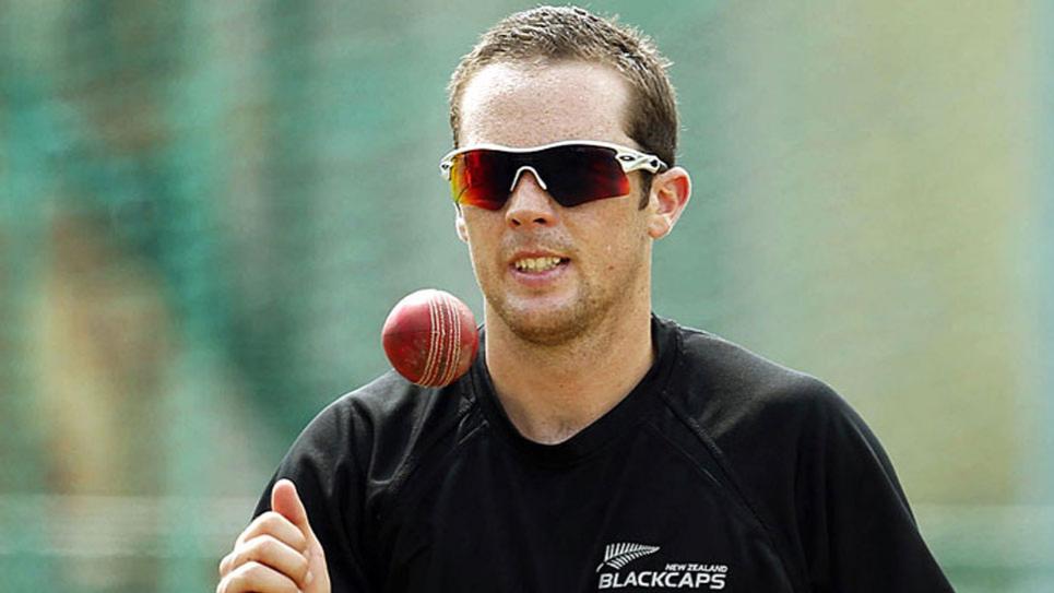 न्यूजीलैंड की अनुबंध सूची में नए खिलाडी के लिए केवल टोड एस्टल के नाम को ही शामिल किया गया