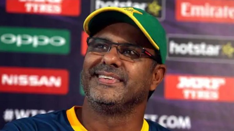 Waqar Younis calls PCB to formulate a policy stopping players from quitting a format abruptly
