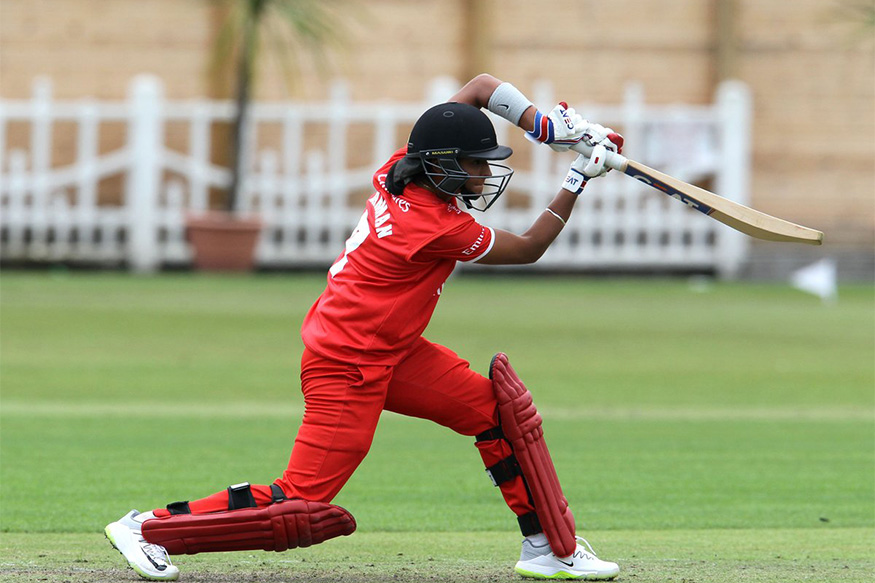 Harmanpreet plays a shot during her fifty against Yorkshire Diamonds (Pic. source: Lancashire Thunder/Twitter)