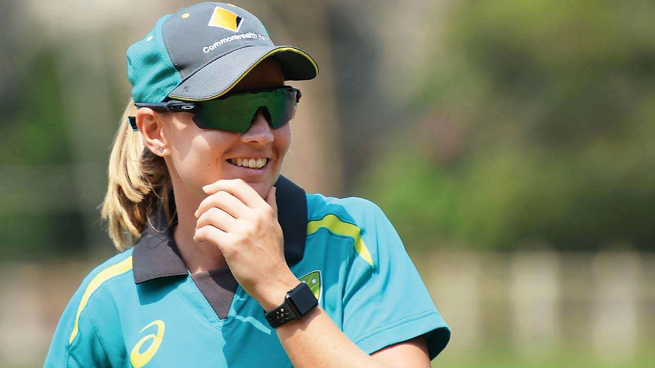 Meg Lanning joins national teammates for Level 3 coaching course