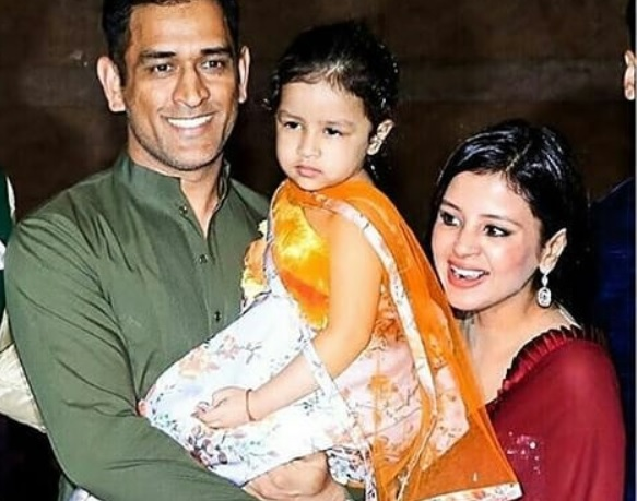 MS Dhoni with his family | Instagram