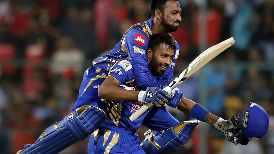 Hardik Pandya receives Lala Amarnath award on behalf of his brother Krunal