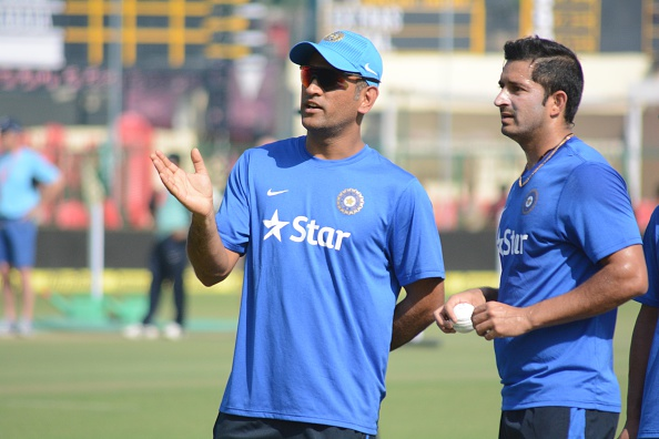 Mohit Sharma and MS Dhoni | GETTY