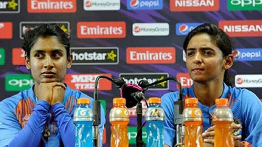 Mithali Raj's manager crucifies Harmanpreet Kaur on Twitter for dropping Raj in WWT20 semis