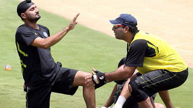 Harbhajan Singh suggests a solution after Yuvraj Singh tweeted he is facing power cut