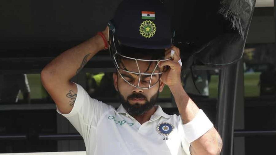 AUS v IND 2018-19: Virat Kohli tries to use tea break to fine tune his batting as India chases 287