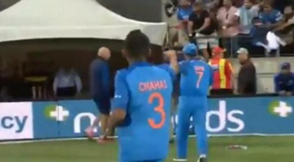 Even MS Dhoni runs away from appearing on Chahal TV...