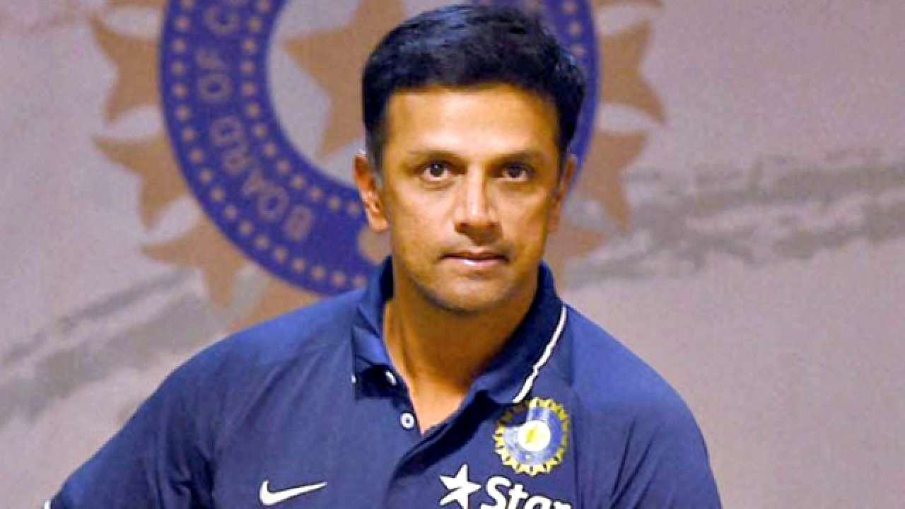 बीसीसीआई ने 2018 द्रोणाचार्य पुरस्कार के लिए राहुल द्रविड़ के नाम की सिफारिश करने से किया इंकार