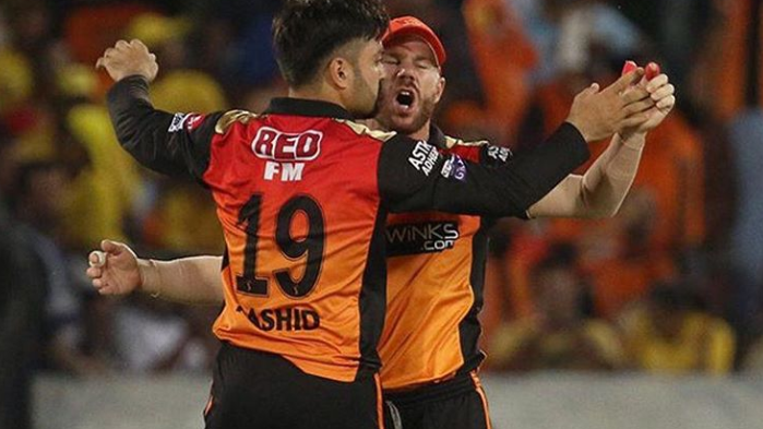 David Warner posts a picture of something which wouldn't be possible in IPL 2020