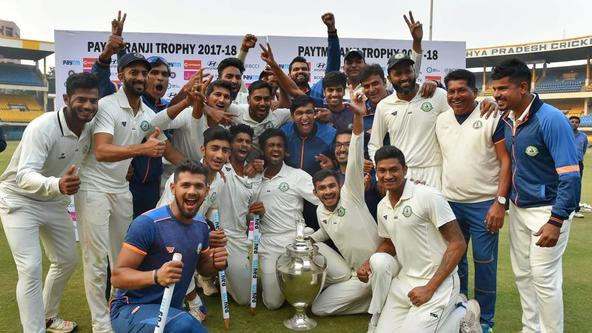 बीसीसीआई ने घरेलू खिलाड़ियों के वेतन वृद्धि की समीक्षा करने का किया वादा