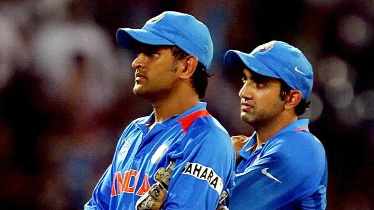 Gautam Gambhir slammed by Twitterati for saying MS Dhoni was a lucky captain