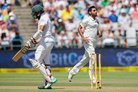 Bhuvneshwar Kumar celebrates Hashim Amla's wicket in Cape Town | AFP