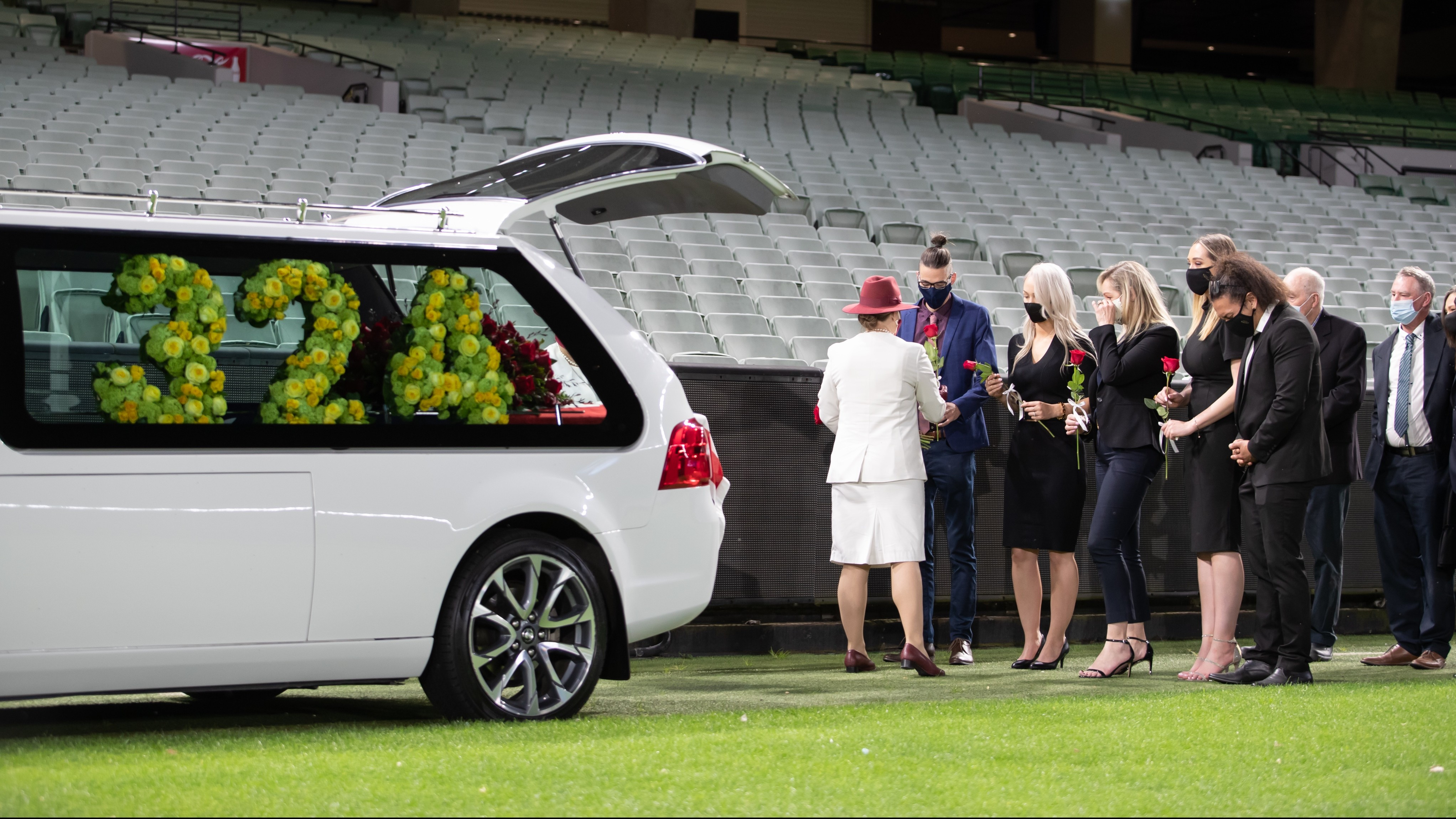 Dean Jones farewelled in a private ceremony at the iconic MCG