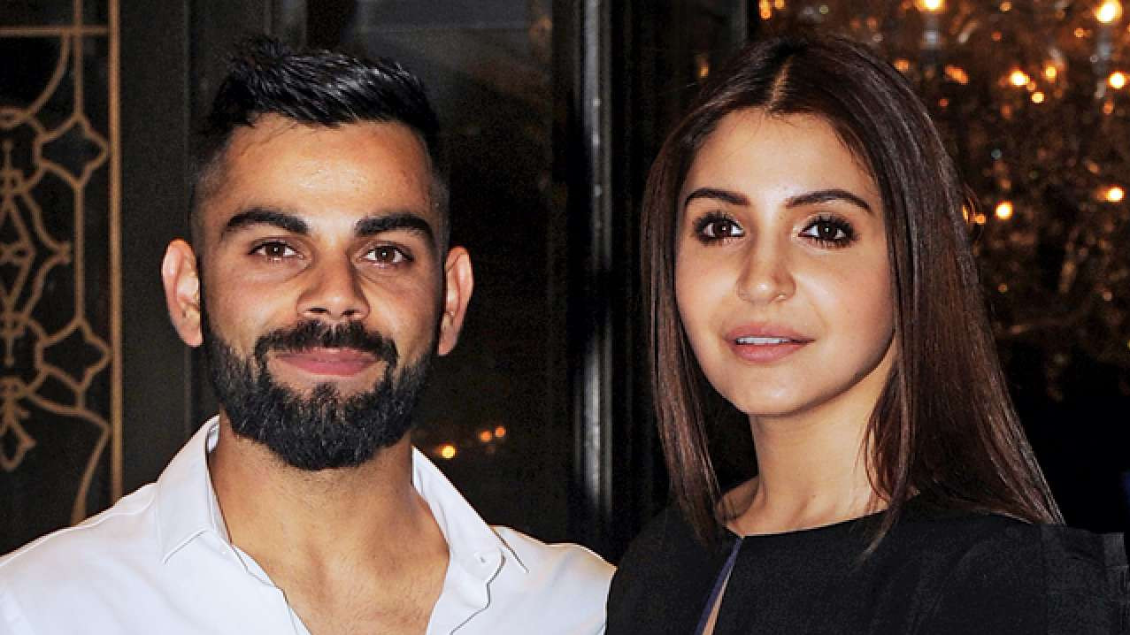 Virat Kohli and Anushka Sharma do their bit for the strays affected by Kerala flood victims