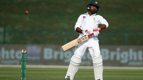 SA v PAK 2018-19: Twitter takes a harsh dig at Sarfraz Ahmed for his poor batting show
