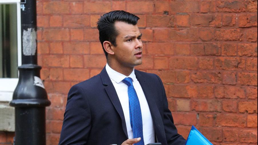 शिव ठाकोर पर क्रिकेट को बदनाम करने के आरोप में 6 महीने का प्रतिबंध लगाया गया